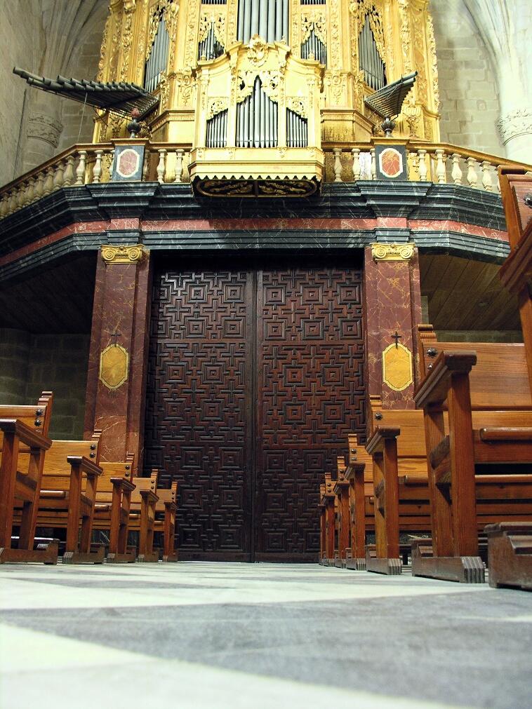 Orihuela, Santiago, Organ
