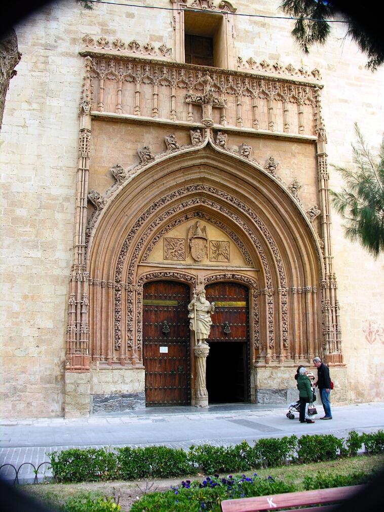 Orihuela, Santiago Isabelline door
