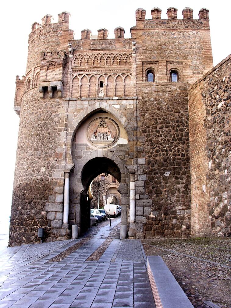 Toledo for Puerta del sol santiago